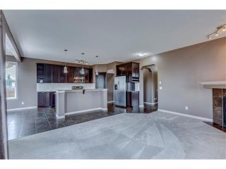 Photo 5: 172 EVERWOODS Green SW in Calgary: Evergreen House for sale : MLS®# C4073885