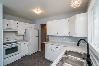 """Photo 12: 7585 LOYOLA Place in Prince George: Lower College 1/2 Duplex for sale in """"LOWER COLLEGE HEIGHTS"""" (PG City South (Zone 74))  : MLS®# R2423973"""