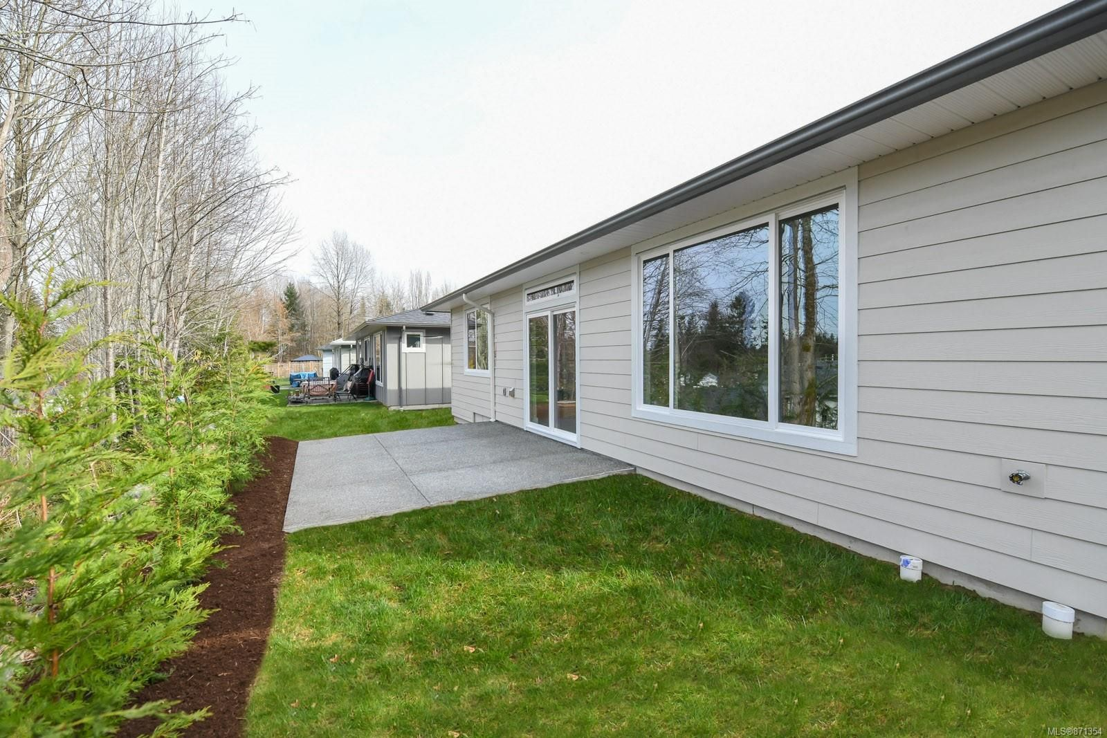 Photo 29: Photos: 68 Grayhawk Pl in : CV Courtenay City House for sale (Comox Valley)  : MLS®# 871354