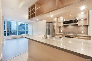Photo 2: 1502 833 SEYMOUR STREET in Vancouver: Downtown VW Condo for sale (Vancouver West)  : MLS®# R2525618