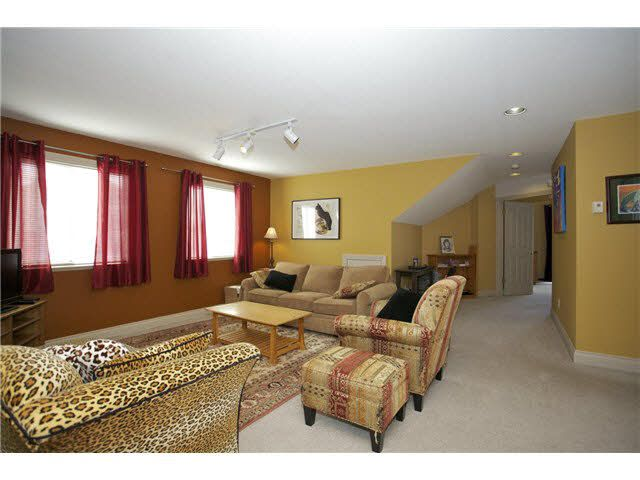 Photo 14: Photos: 14012 COLDICUTT Avenue: White Rock House for sale (South Surrey White Rock)  : MLS®# F1451146