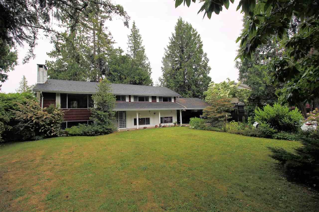"""Main Photo: 4521 SOUTHRIDGE Crescent in Langley: Murrayville House for sale in """"Murrayville"""" : MLS®# R2339975"""