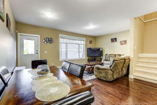 Photo 5: 13969 64 Avenue in Surrey: East Newton Triplex for sale : MLS®# R2218005