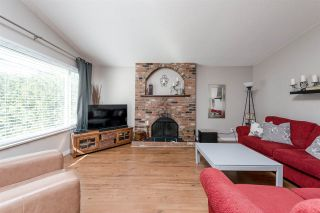 Photo 2: R2040413 - 3374 Cedar Dr, Port Coquitlam House For Sale