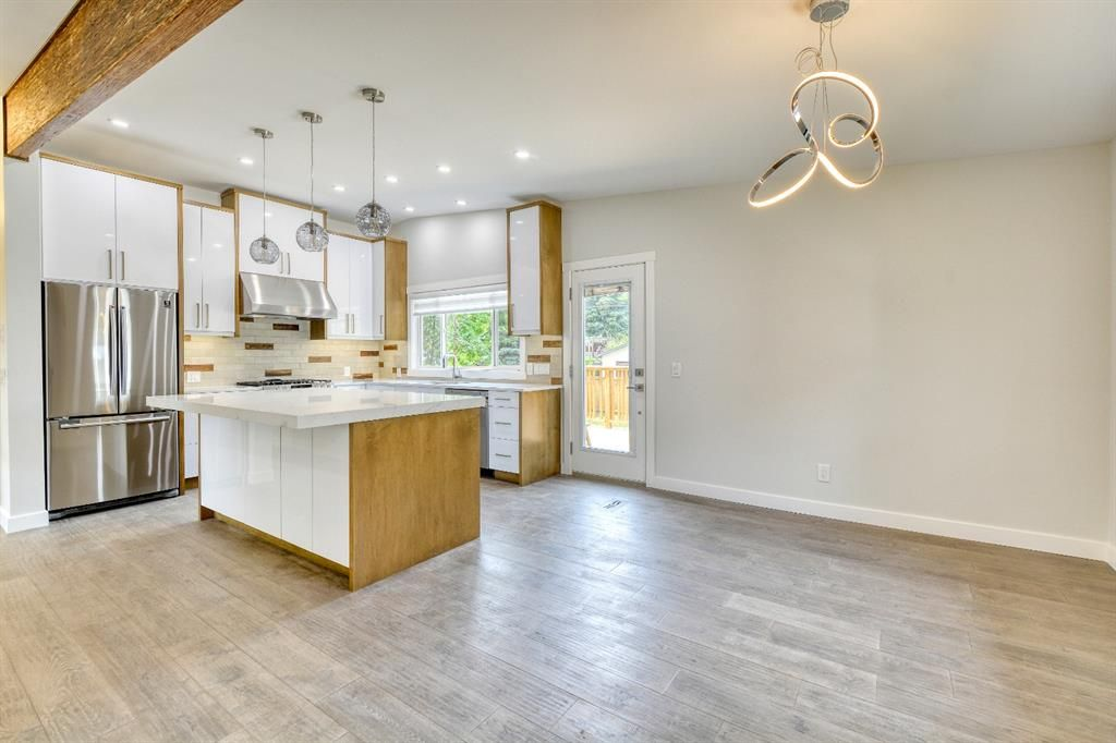 Photo 6: Photos: 12019 Canaveral Road SW in Calgary: Canyon Meadows Detached for sale : MLS®# A1126440