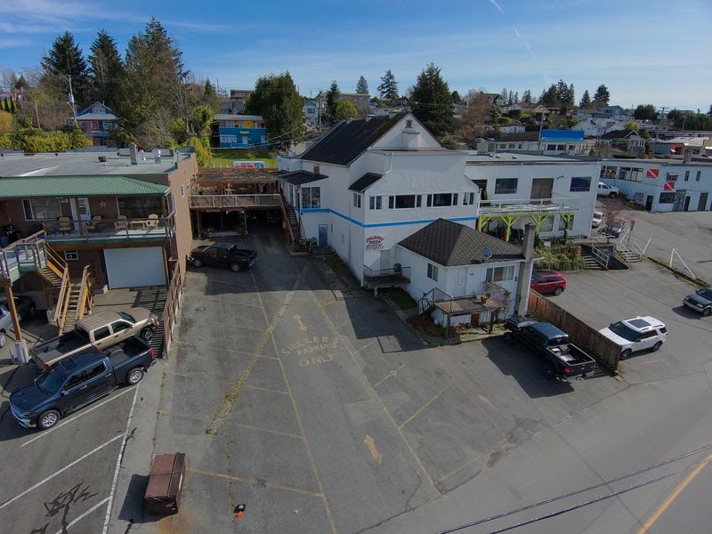 Main Photo: 4589 Marine Avenue: powell River Retail for sale (Sunshine Coast)  : MLS®# 15659