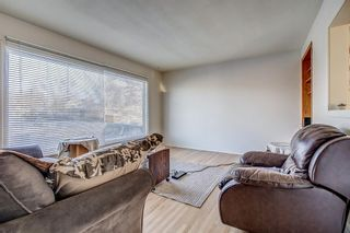 Photo 6: 49 Montrose Crescent NE in Calgary: Winston Heights/Mountview Detached for sale : MLS®# A1058784