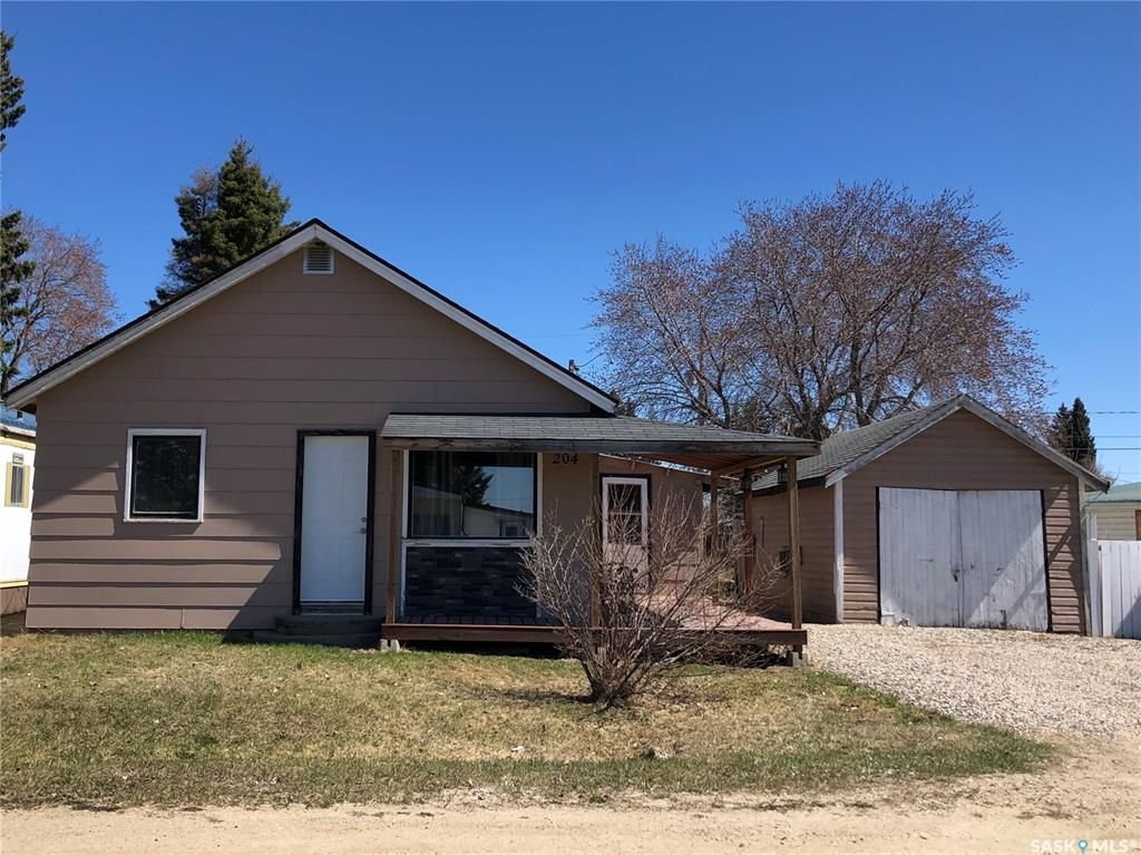 Main Photo: 204 Rustad Avenue in White Fox: Residential for sale : MLS®# SK854583
