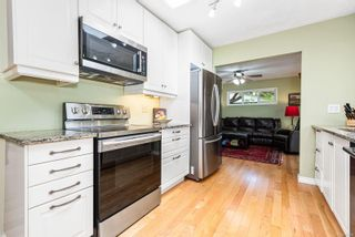 Photo 11: 353 Pritchard Rd in : CV Comox (Town of) House for sale (Comox Valley)  : MLS®# 876996