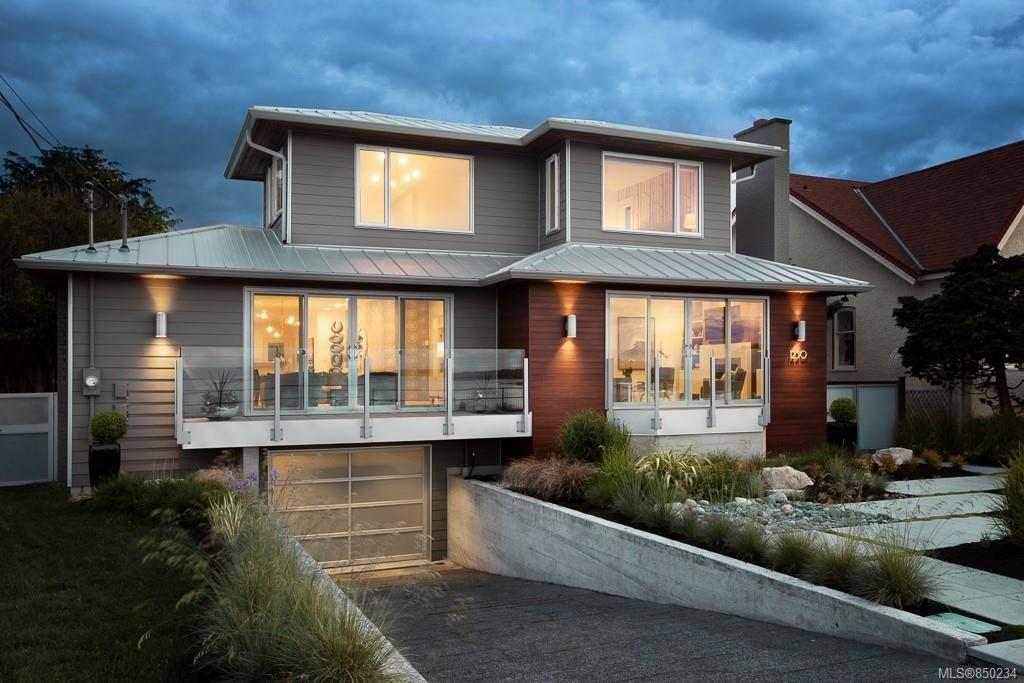 Main Photo: 1250 Beach Dr in : OB South Oak Bay House for sale (Oak Bay)  : MLS®# 850234