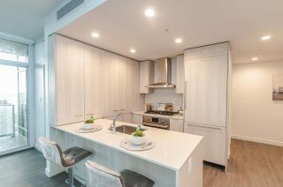 """Photo 6: 3501 2311 BETA Avenue in Burnaby: Brentwood Park Condo for sale in """"Lumina Waterfall"""" (Burnaby North)  : MLS®# R2582193"""