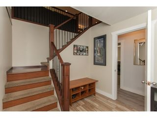 """Photo 3: 19720 41A Avenue in Langley: Brookswood Langley House for sale in """"BROOKSWOOD"""" : MLS®# R2157499"""