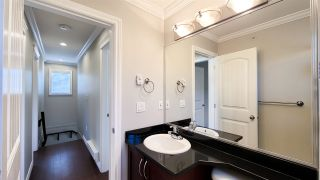 Photo 17: 3112 KINGS Avenue in Vancouver: Collingwood VE Townhouse for sale (Vancouver East)  : MLS®# R2567219