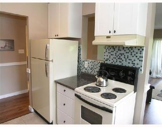 """Photo 6: 311 211 W 3RD Street in North_Vancouver: Lower Lonsdale Condo for sale in """"VILLA AURORA"""" (North Vancouver)  : MLS®# V714905"""
