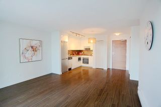 Photo 3: 1117 161 W GEORGIA STREET in Vancouver: Downtown VW Condo for sale (Vancouver West)  : MLS®# R2502361