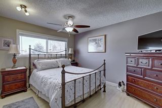 Photo 8: 63 WOODBOROUGH Crescent SW in Calgary: Woodbine Detached for sale : MLS®# C4275508