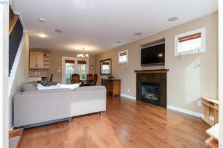 Photo 5: 3225 Mallow Crt in VICTORIA: La Walfred House for sale (Langford)  : MLS®# 836201