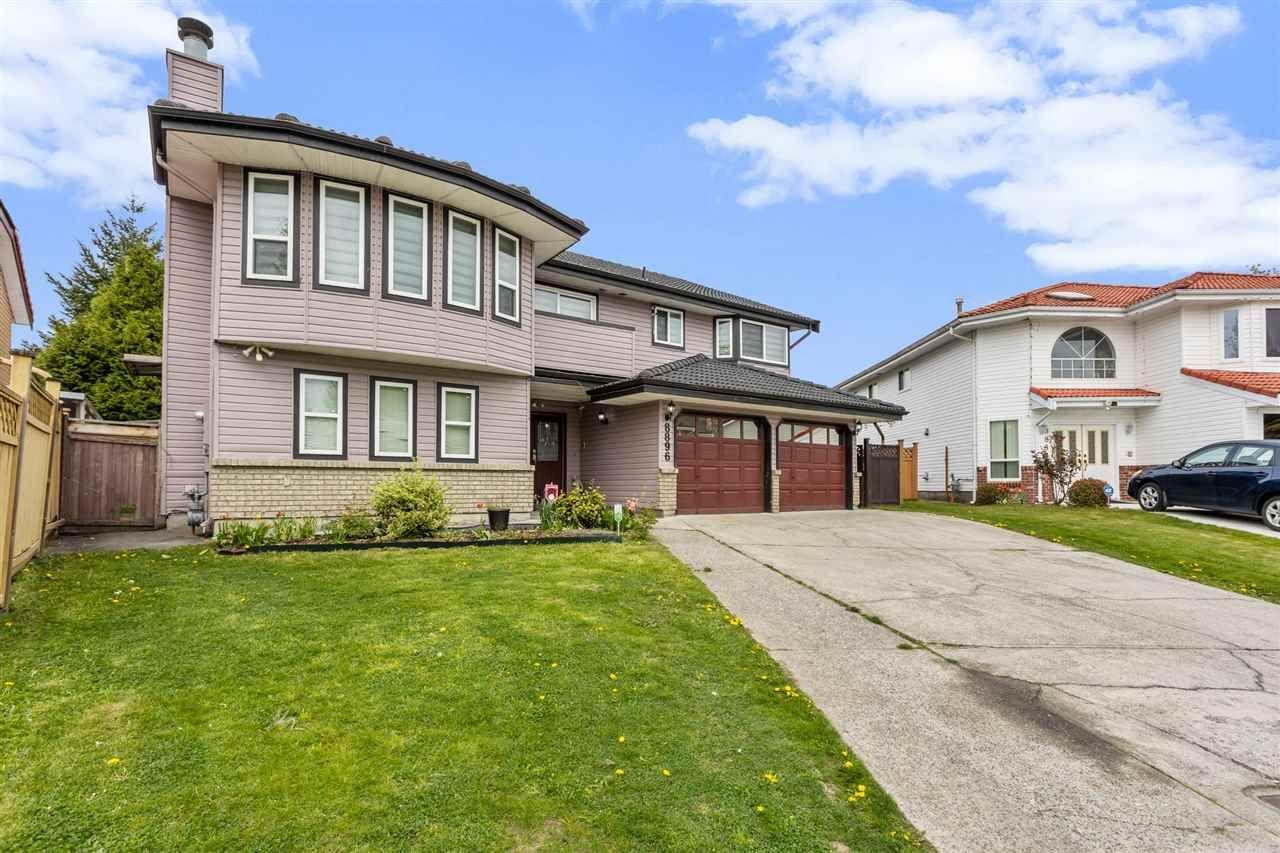 Main Photo: 8896 141B Street in Surrey: Bear Creek Green Timbers House for sale : MLS®# R2571780