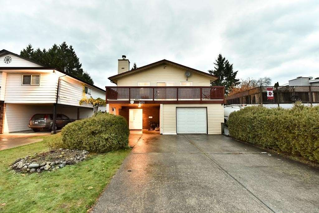 Main Photo: 3171 DUNKIRK Avenue in Coquitlam: New Horizons House for sale : MLS®# R2238707