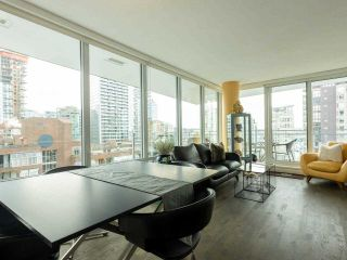 "Photo 3: 1006 1009 HARWOOD Street in Vancouver: West End VW Condo for sale in ""The Modern"" (Vancouver West)  : MLS®# R2546886"