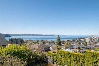 Main Photo: 1030 ESQUIMALT Avenue in West Vancouver: Sentinel Hill House for sale : MLS®# R2568007