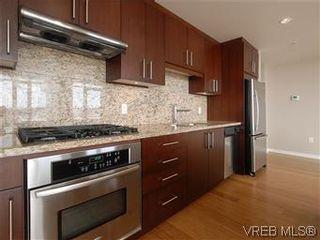 Photo 9: 907 379 Tyee Rd in VICTORIA: VW Victoria West Condo for sale (Victoria West)  : MLS®# 598536