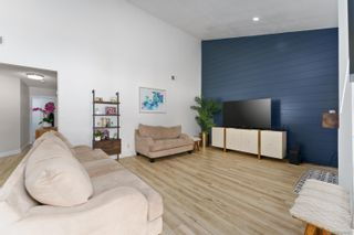 Photo 3: VISTA Condo for sale : 3 bedrooms : 966 Lupine Hills Drive #69