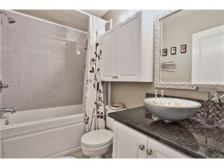 """Photo 12: 520 ST GEORGES Avenue in North Vancouver: Lower Lonsdale Townhouse for sale in """"STREAMLNE PLACE"""" : MLS®# V1055131"""