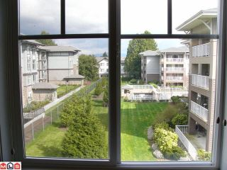 "Photo 6: 309 2068 SANDALWOOD Crescent in Abbotsford: Central Abbotsford Condo for sale in ""The Sterling"" : MLS®# F1209052"