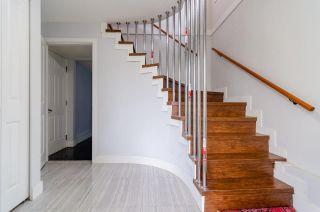 Photo 4: 7580 4TH Street in Burnaby: East Burnaby 1/2 Duplex for sale (Burnaby East)  : MLS®# R2474331