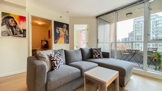 """Photo 6: 1007 822 SEYMOUR Street in Vancouver: Downtown VW Condo for sale in """"L'ARIA"""" (Vancouver West)  : MLS®# R2615782"""