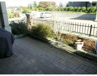 """Photo 10: 103 6659 SOUTHOAKS Crescent in Burnaby: Middlegate BS Condo for sale in """"GEMINI II"""" (Burnaby South)  : MLS®# V690763"""