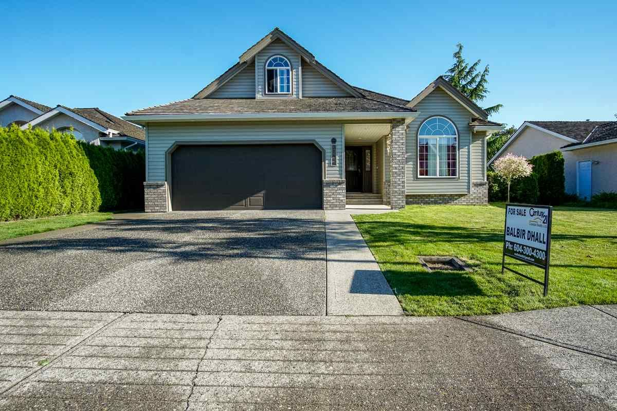 Main Photo: 31466 UPPER MACLURE Road in Abbotsford: Abbotsford West House for sale : MLS®# R2179311