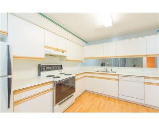 "Photo 5: 101 1518 W 70TH Avenue in Vancouver: Marpole Condo for sale in ""LAUREL POINT"" (Vancouver West)  : MLS®# V1093222"