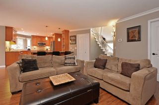 """Photo 10: 21585 86 Court in Langley: Walnut Grove House for sale in """"FOREST HILLS"""" : MLS®# R2028400"""
