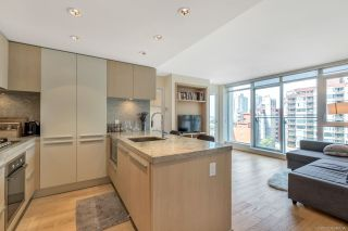 "Photo 4: 901 1351 CONTINENTAL Street in Vancouver: Downtown VW Condo for sale in ""MADDOX"" (Vancouver West)  : MLS®# R2297254"