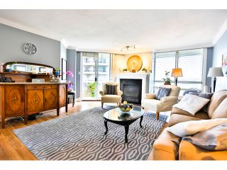 """Photo 5: 904 1235 QUAYSIDE Drive in New Westminster: Quay Condo for sale in """"THE RIVIERA"""" : MLS®# V1139039"""