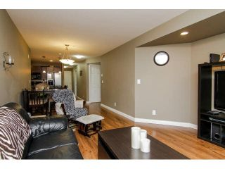 """Photo 13: 207 5488 198TH Street in Langley: Langley City Condo for sale in """"BROOKLYN WYND"""" : MLS®# F1436607"""