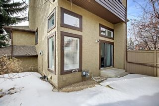 Photo 33: 14 Glamis Gardens SW in Calgary: Glamorgan Row/Townhouse for sale : MLS®# A1076786