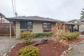 """Photo 2: 632 CHAPMAN Avenue in Coquitlam: Coquitlam West House for sale in """"COQUITLAM WEST"""" : MLS®# R2015571"""