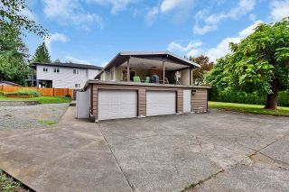 Photo 3: 33250 RAVINE Avenue in Abbotsford: Central Abbotsford House for sale : MLS®# R2617476