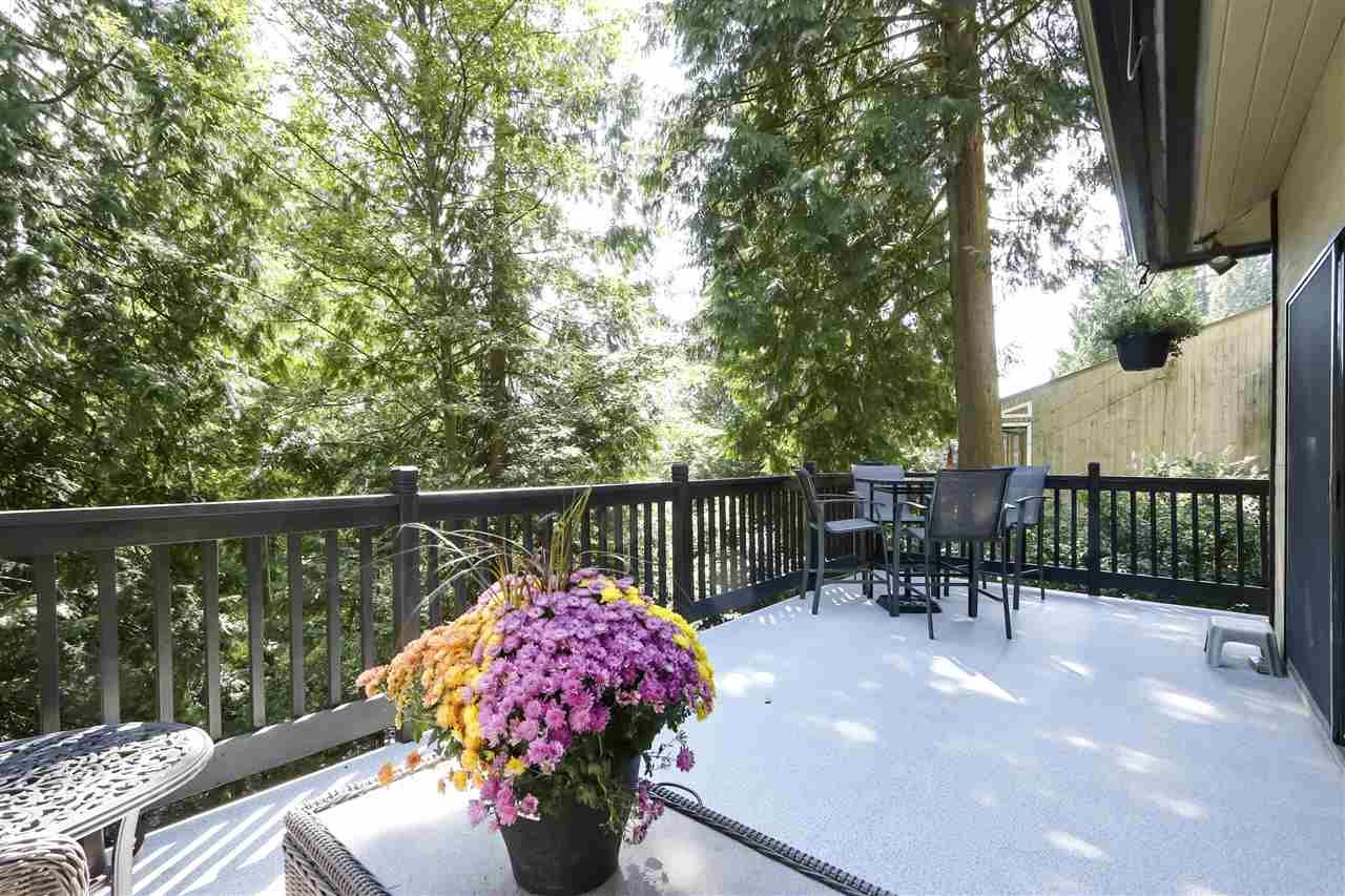 """Photo 7: Photos: 4727 MOUNTAIN Highway in North Vancouver: Lynn Valley House for sale in """"Upper Lynn"""" : MLS®# R2491401"""