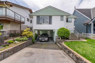 Photo 1: 861 E 15TH Street in North Vancouver: Boulevard House for sale : MLS®# R2589242
