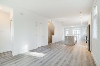 """Photo 8: 24 9688 162A Street in Surrey: Fleetwood Tynehead Townhouse for sale in """"CANOPY LIVING"""" : MLS®# R2513628"""