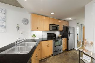 """Photo 8: 905 STATION Street in Vancouver: Strathcona Townhouse for sale in """"THE LEFT BANK"""" (Vancouver East)  : MLS®# R2529549"""