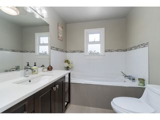 Photo 17: 10704 SANTA MONICA Drive in Delta: Nordel House for sale (N. Delta)  : MLS®# R2494459