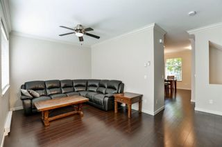"Photo 5: 16 14462 61A Avenue in Surrey: Sullivan Station Townhouse for sale in ""RAVINA"" : MLS®# R2291990"