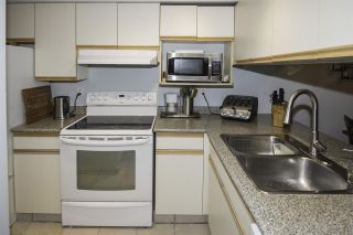 """Photo 6: 4 1350 W 6TH Avenue in Vancouver: Fairview VW Townhouse for sale in """"PEPPER RIDGE"""" (Vancouver West)  : MLS®# R2012322"""