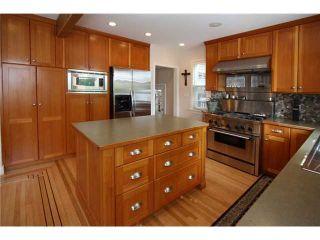 Photo 3: 827 15th Street in New Westminster: Multifamily  : MLS®# V840518