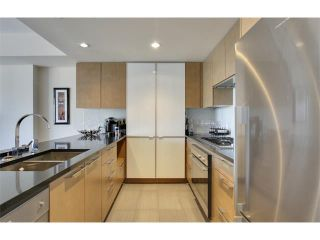 Photo 8: 2805 1111 10 Street SW in Calgary: Connaught Condo for sale : MLS®# C4004682